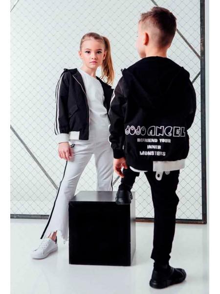 Куртка - бомбер с полосами на рукавах  JO JO