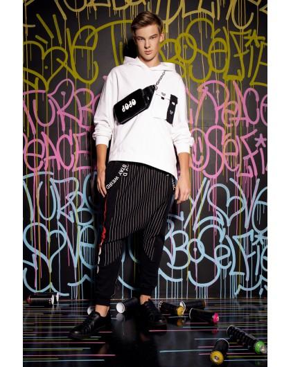 Свитшот с капюшоном и накладным карманом JO JO