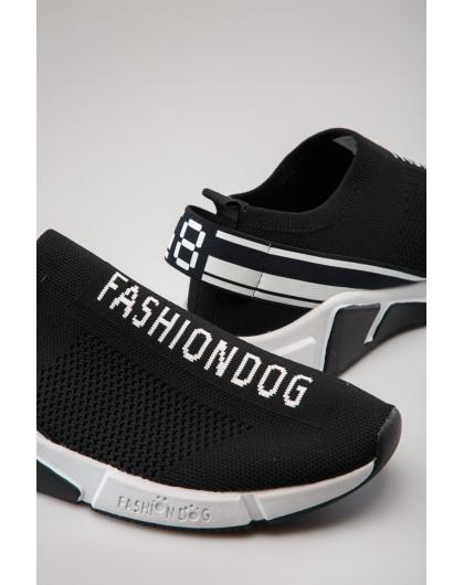 Слипоны с брендовой вышивкой Fashion Dog