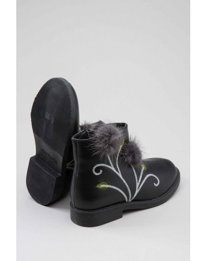 Ботинки с вышивкой и помпонами FASHION DOG