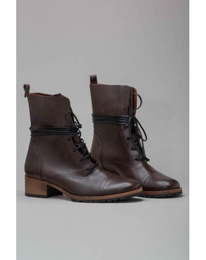 Ботинки на шнуровке INTROPIA