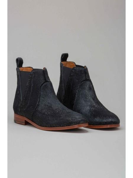 Ботинки с мехом пони INTROPIA